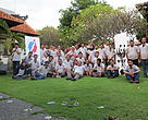 Para peserta berfoto bersama selepas pelatihan