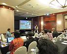 """Dr Lida Pet-Soede dari WWF-Indonesia memberikan presentasi terkait """"The Relevance of Designing MPAs for Fish Fillets"""""""