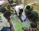 Membuat Peta Bersama Masyarakat Sekitar