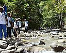 Lomba Lintas Alam Susuri Area Penyanggah Cagar Alam Cycloops, Papua