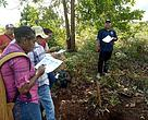 Pelatihan geo tagging kepada para volunteer Panda Mobile di Jayapura.